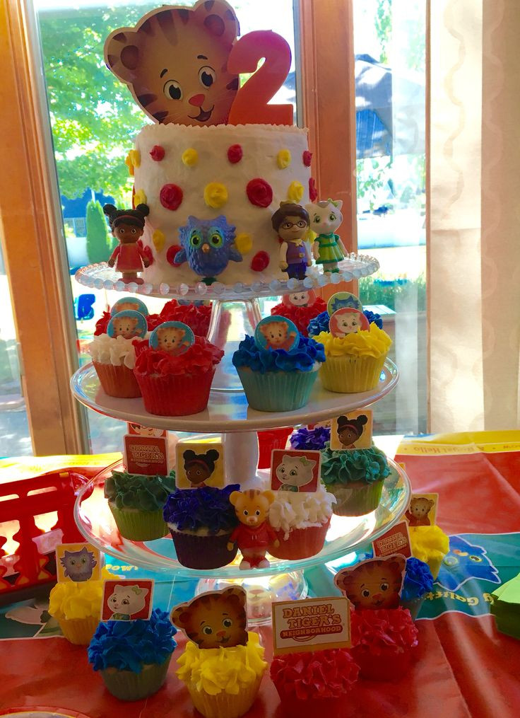 Best ideas about Daniel Tiger Birthday Party . Save or Pin Best 25 Daniel tiger cake ideas on Pinterest Now.