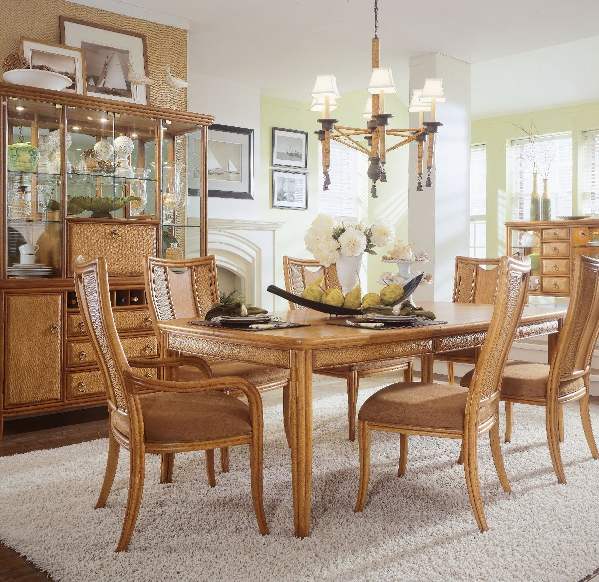 Best ideas about Dining Room Centerpieces . Save or Pin Dining Table Centerpieces Ideas for Daily use MidCityEast Now.