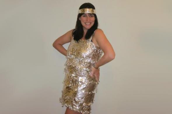 Best ideas about DIY 1920S Costume . Save or Pin Easy Last Minute 1920s Flapper Halloween Costume Now.
