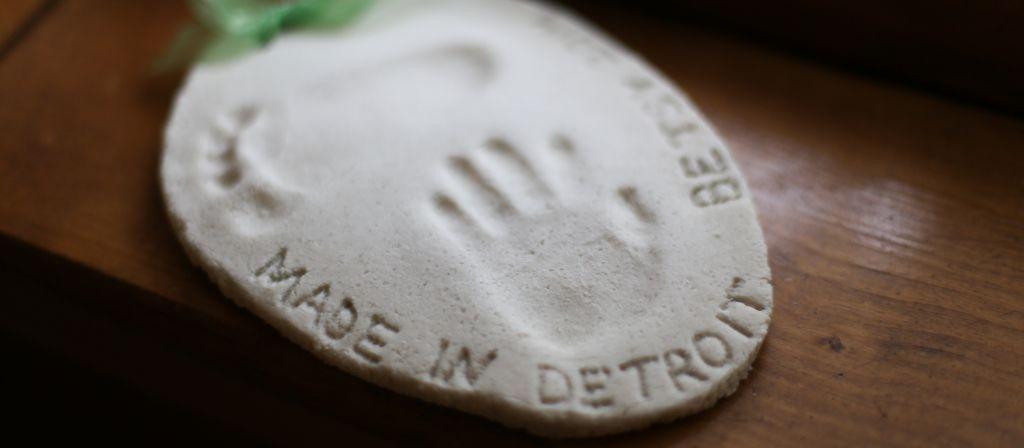 Best ideas about DIY Baby Footprint . Save or Pin DIY Saltdough Baby Footprint Now.