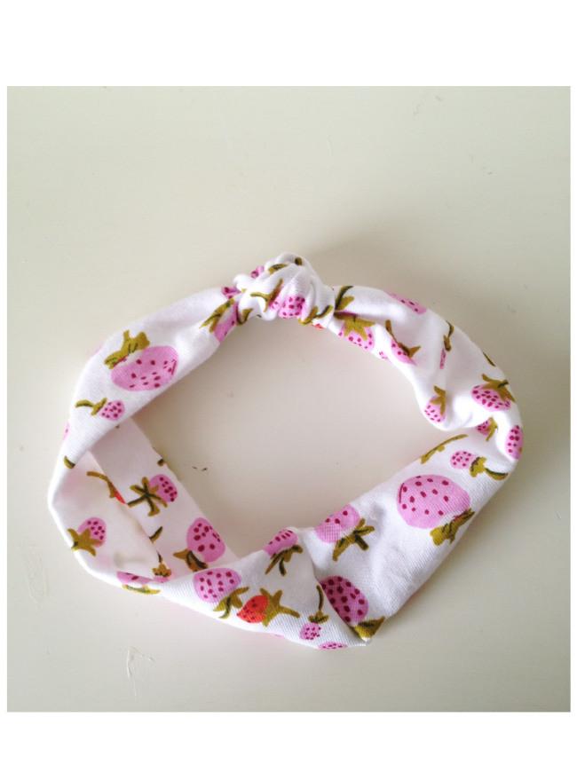 DIY Baby Turban Headband  25 Sewn Headband DIYs For You & Your Girls