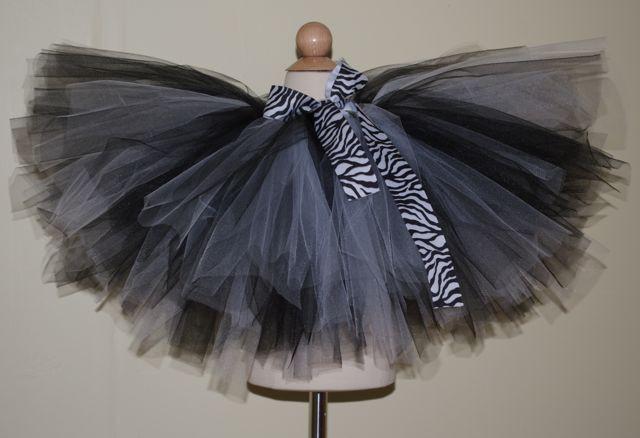 DIY Baby Tutus  How to Make a No Sew Tutu 32 DIYs