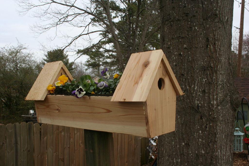 DIY Birdhouse Kit  Cute Yard Crafts Birdhouse Plans With Adorable Designs
