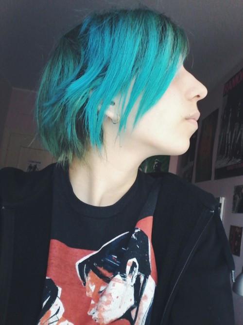 Best ideas about DIY Blue Hair Dye . Save or Pin homemade hair dye Now.