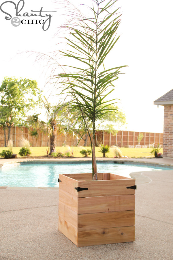 Best ideas about DIY Cedar Planter Box . Save or Pin DIY Cedar Planter Box Shanty 2 Chic Now.