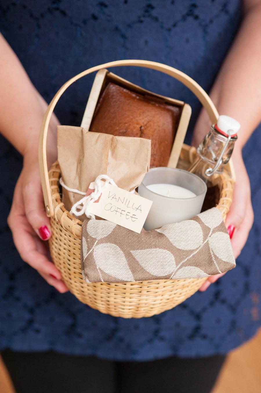 Diy Christmas Gift Baskets Ideas  9 Best s of DIY Christmas Gift Baskets DIY Gift