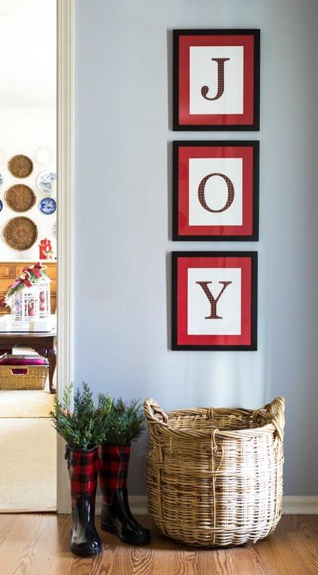 DIY Christmas Wall Decor  30 Amazing DIY Christmas Wall Art Ideas