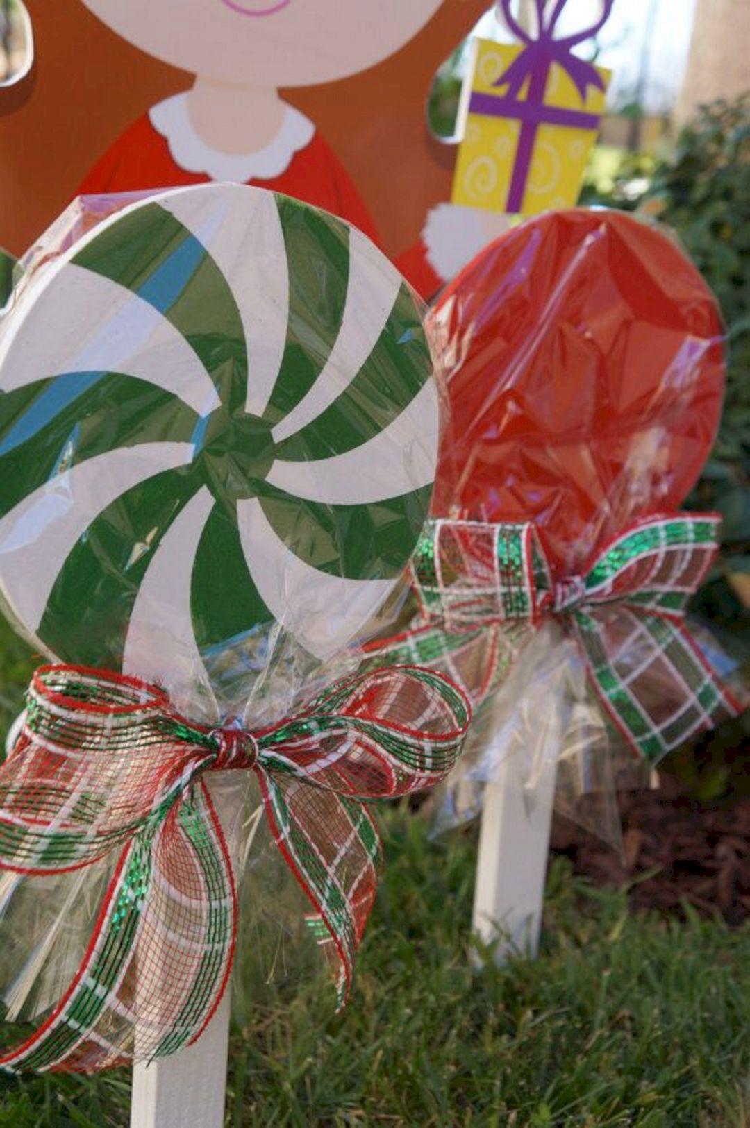 DIY Christmas Yard Decoration  24 DIY Tips And Tricks Christmas Decor Outdoors For A