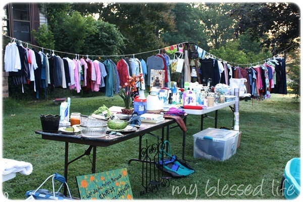 DIY Clothes Rack Garage Sale  Nifty Diy Clothes Rack For Yard Sale P35 About Remodel Wow