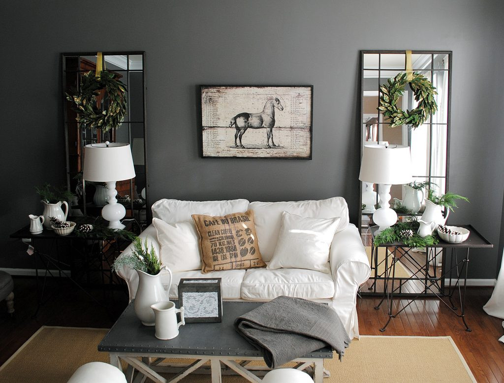 DIY Decor Ideas For Living Room  Amazing Living Room Interior Decorating Ideas with DIY