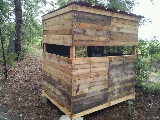 Best ideas about DIY Deer Blinds . Save or Pin Rustic Pallet Blind build Page 2 TexasBowhunter Now.