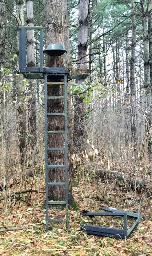 DIY Deer Stands Plans  Ladder Stand Plans Awesome Deer Stand Tower Wooden Tree