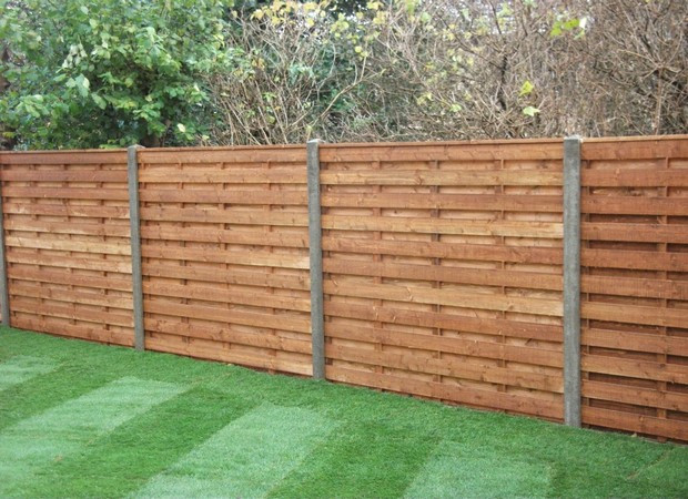DIY Fence Building  How to build the perfect wooden fence