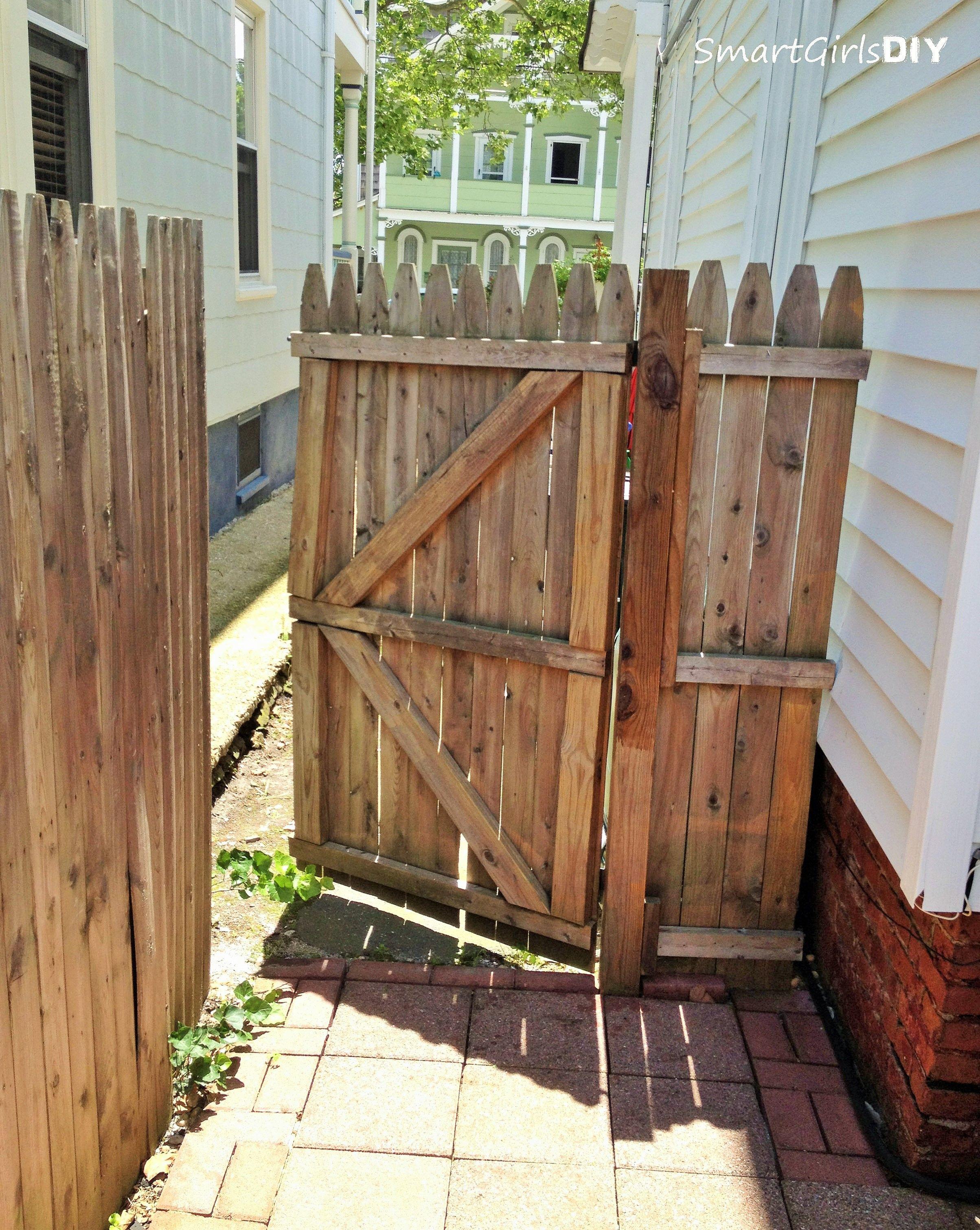 DIY Fence Building  1st gate I ever built 11 years ago Smart Girls DIY