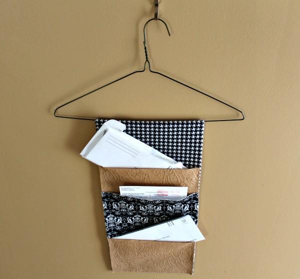 DIY Hanging Organizer  DIY Hanging Mail Organizer