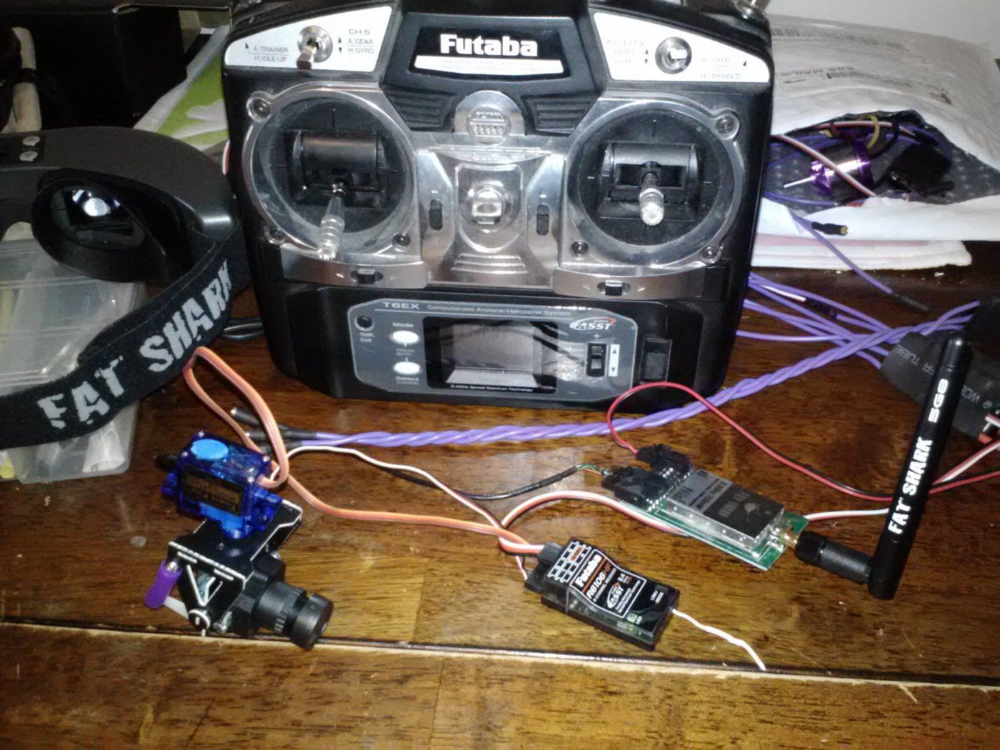 DIY Head Tracking  Video goggle s FAT SHARK With Head Tracking DIY Drones