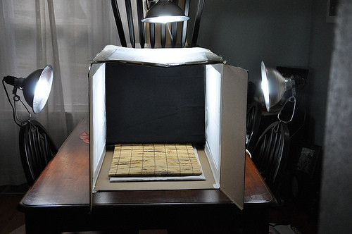 DIY Light Box Photography  neverhomemaker How to Build A Light Box graphy