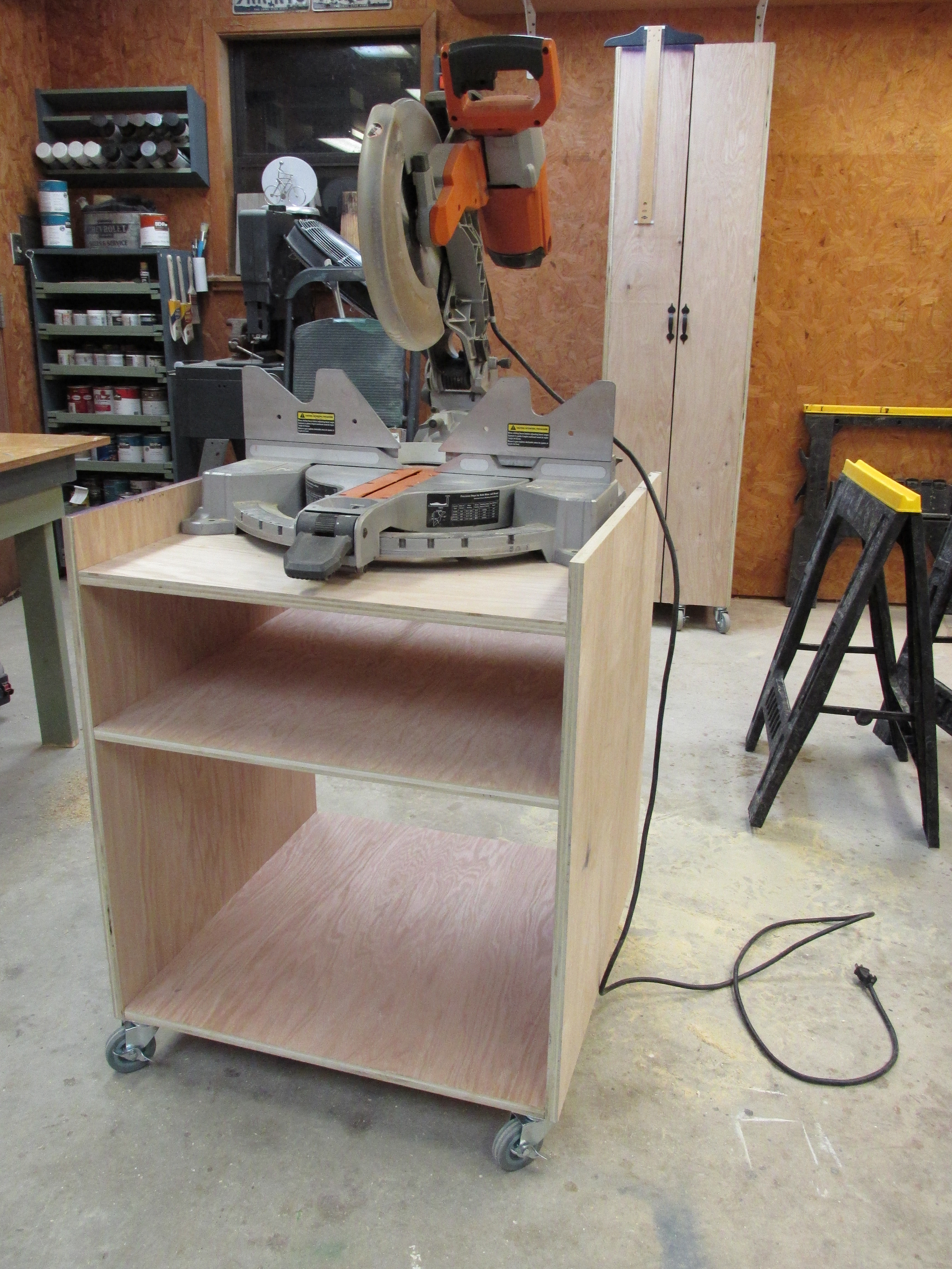DIY Miter Saw Table  Build a Folding Miter Saw Stand Wilker Do s