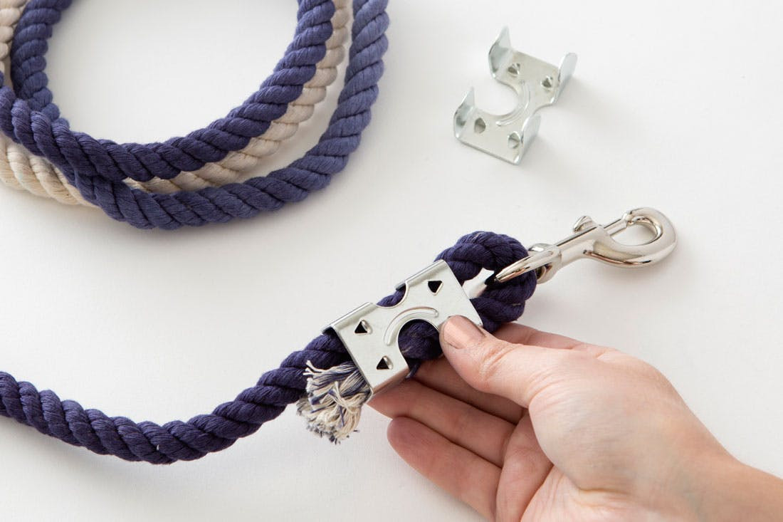 DIY Rope Dog Leash  DIY This Ombre Rope Leash for Your Stylish Pup