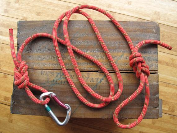 DIY Rope Dog Leash  Recycled Climbing Rope & Carabiner Dog Leash Red