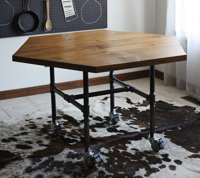 DIY Table Legs Pipe  15 DIY Industrial Decor Ideas