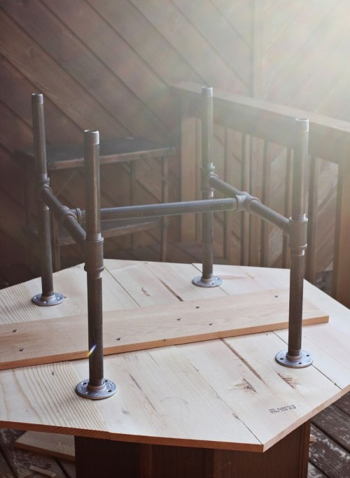 DIY Table Legs Pipe  Industrial DIY Pipe Legs Table Shelterness