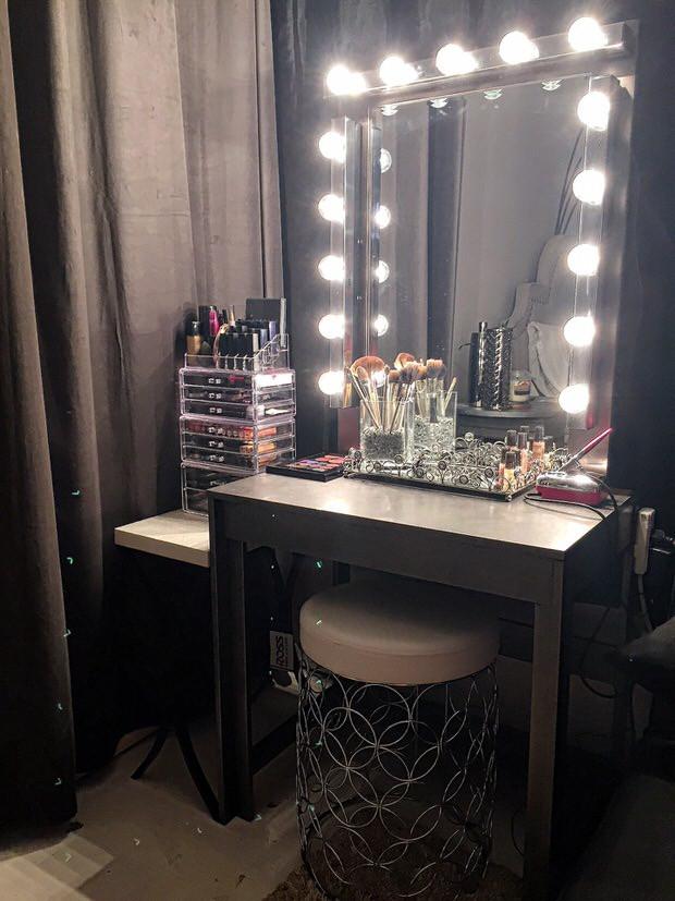 DIY Vanity Lights  Glam DIY Lighted Vanity Mirrors