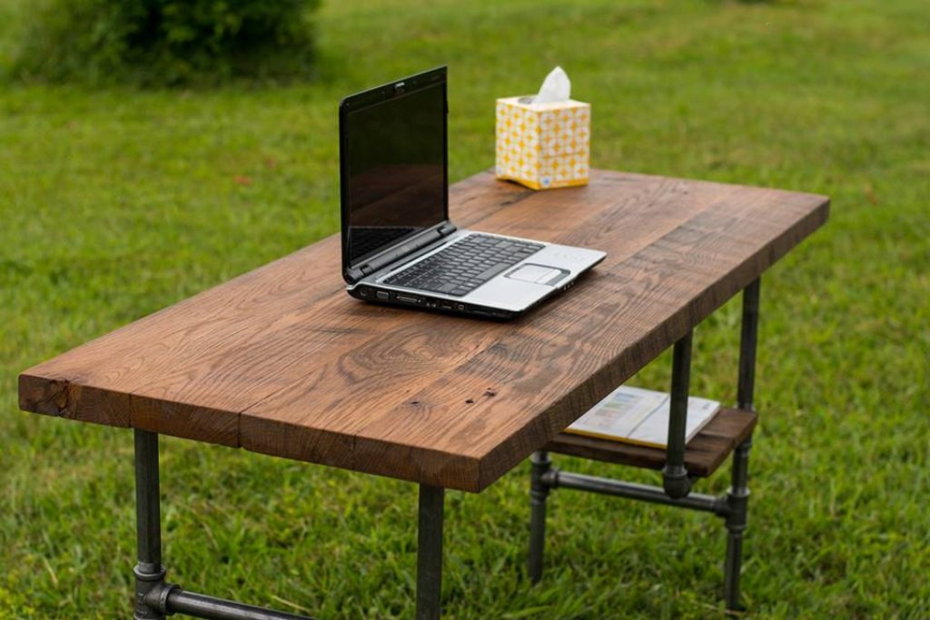 Best ideas about DIY Wood Desks . Save or Pin Rustic puter Desk for Home Now.