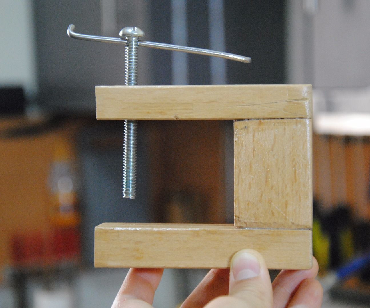 DIY Woodworking Tools  Make Your Own Wooden C Clamp