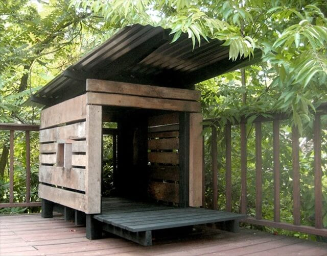 Dog House DIY  Bring the Luck to Home 16 Pallet Dog House
