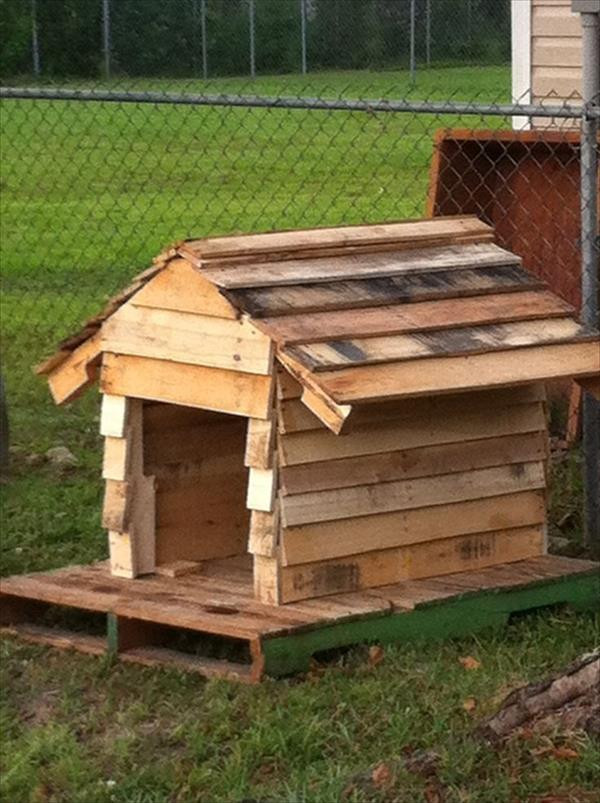 Dog House DIY  Tips to Build Simple Dog House Out of Some Wooden Pallets