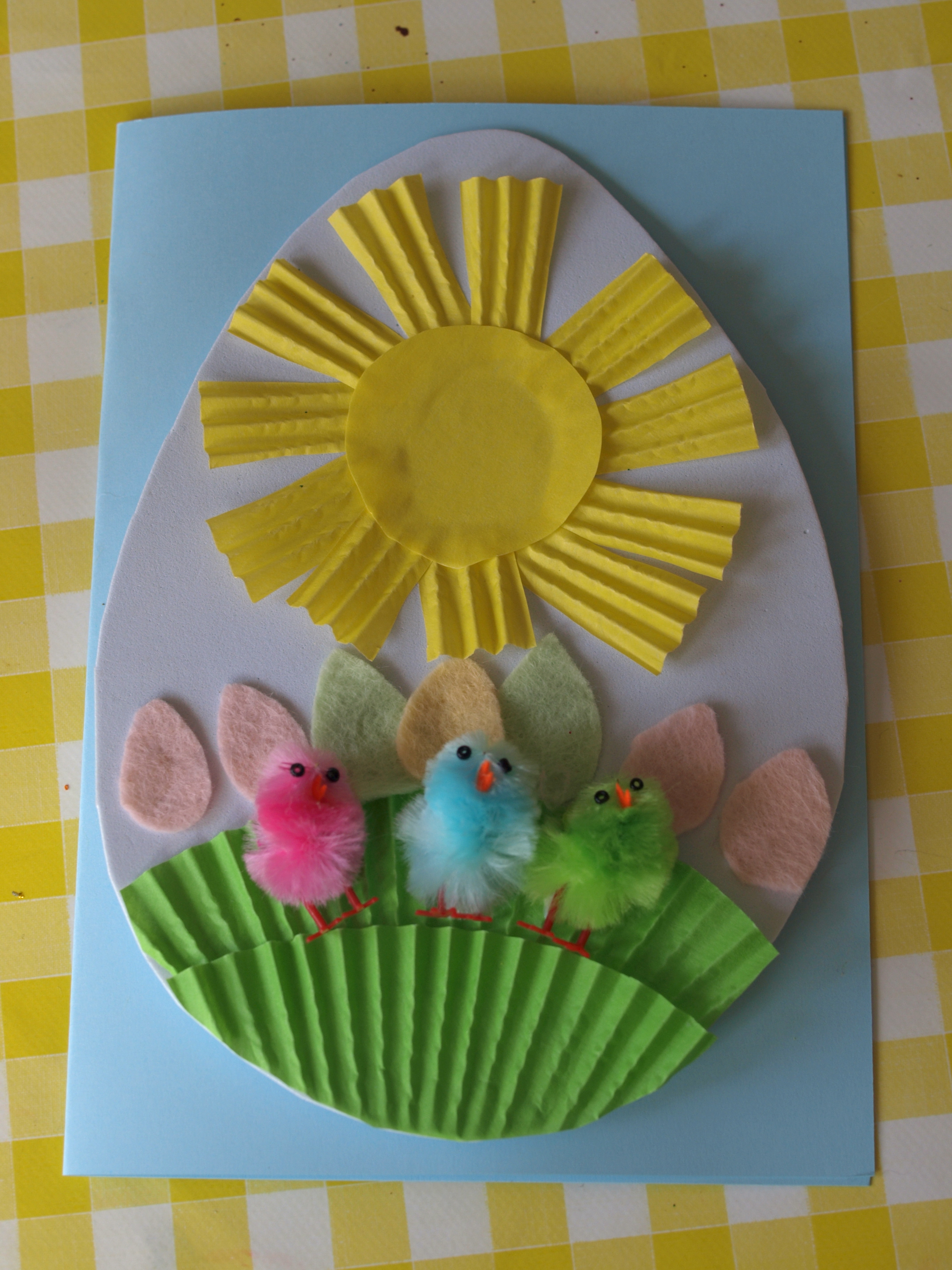 Best ideas about Easter Craft Ideas For Preschoolers . Save or Pin Easter Cards for Preschoolers to Make Here e the Girls Now.