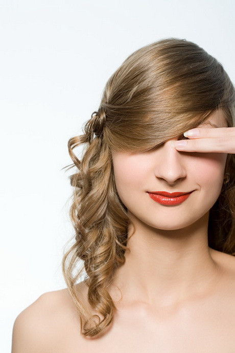 Best ideas about Easy And Cute Hairstyles . Save or Pin Easy cute hairstyles for long hair Now.