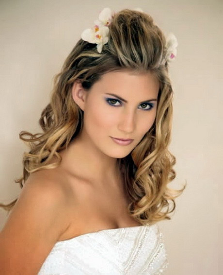Easy Formal Hairstyles  Easy prom hairstyles long hair