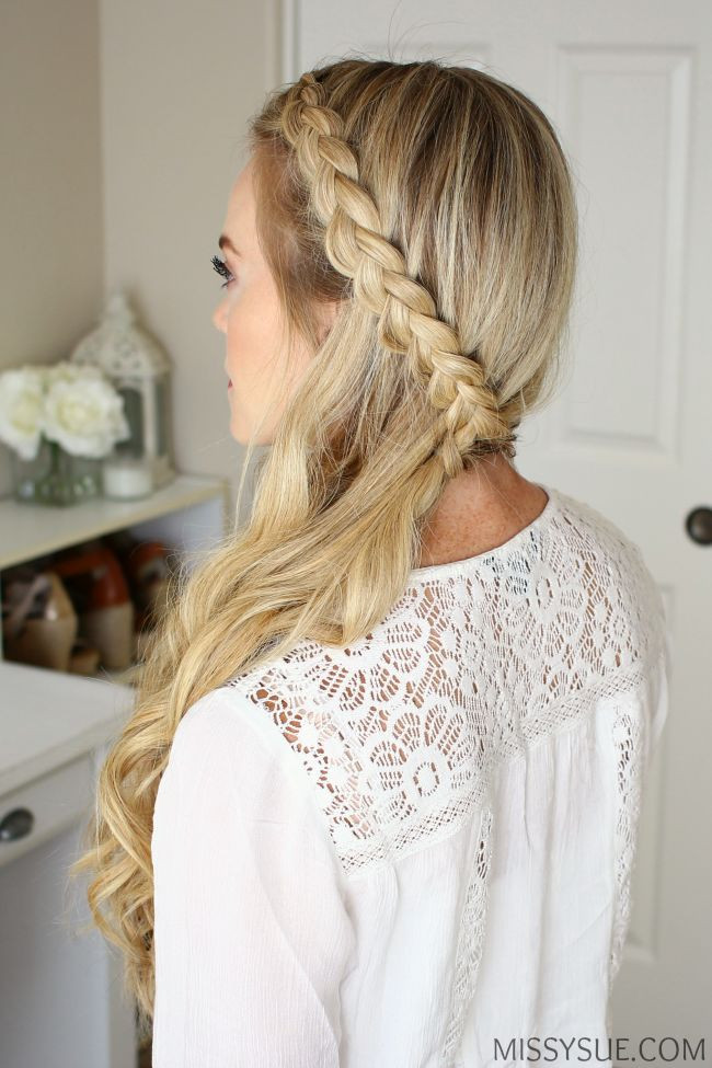 Easy Hairstyles For Picture Day  1000 ideas about Picture Day Hairstyles on Pinterest