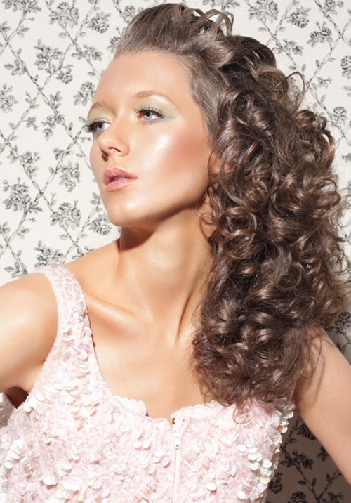Best ideas about Easy Hairstyles For Thick Curly Hair . Save or Pin 30 Awesome Hairstyles For Thick Curly Hair Now.