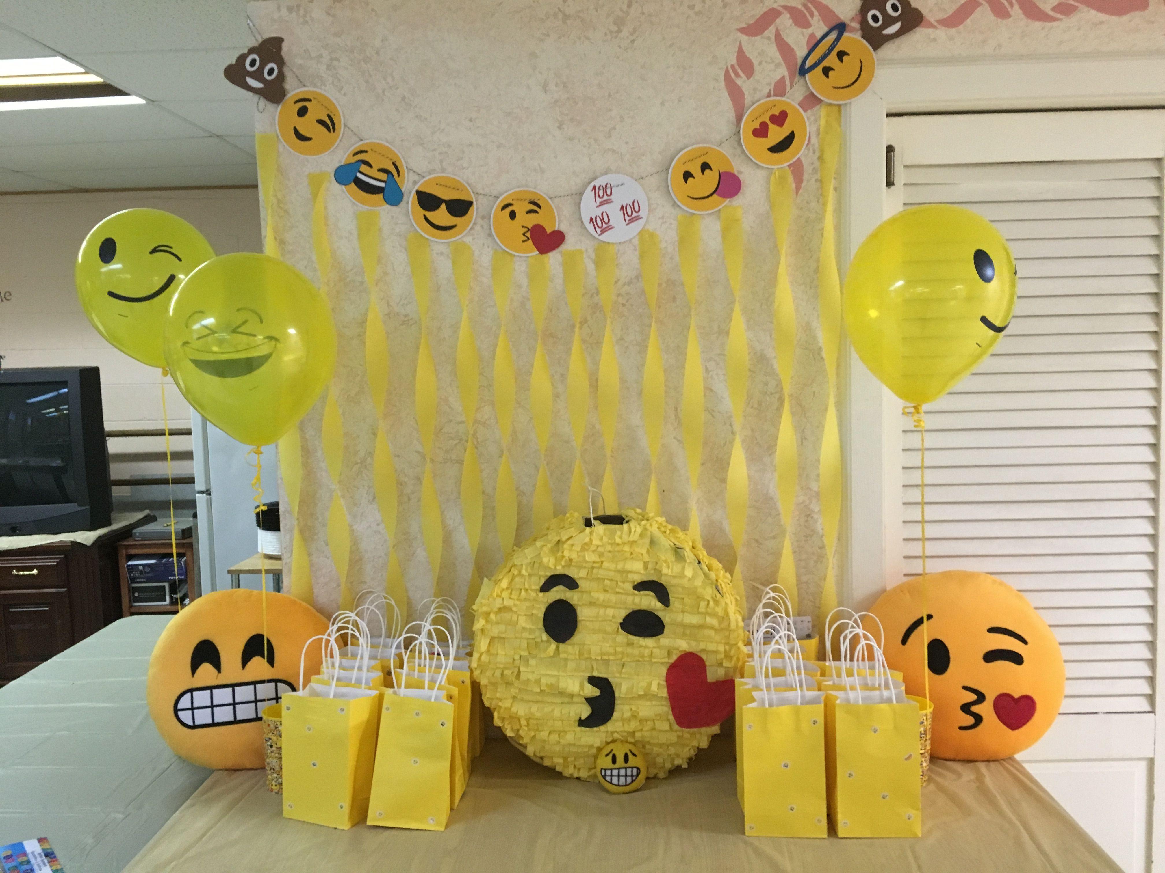 Emoji Birthday Decorations  Emoji Birthday Decorations