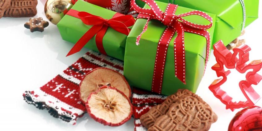 Employee Holiday Gift Ideas  Employee Holiday Gift Ideas