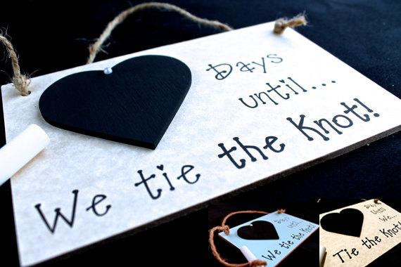 Engagement Gift Ideas For Couples  Engagement t Idea Wedding Countdown Sign Days