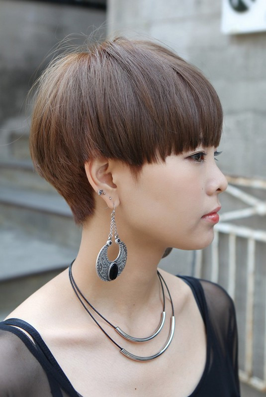 Female Bowl Haircuts  Mushroom Bowl Hairstyles for 2017