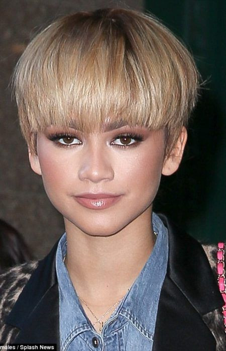 Female Bowl Haircuts  The 25 best Bowl haircuts ideas on Pinterest