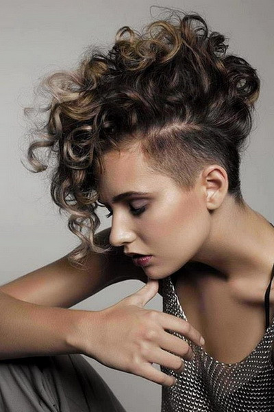 Female Mohawk Hairstyles  Mohawk hairstyles for women yve style