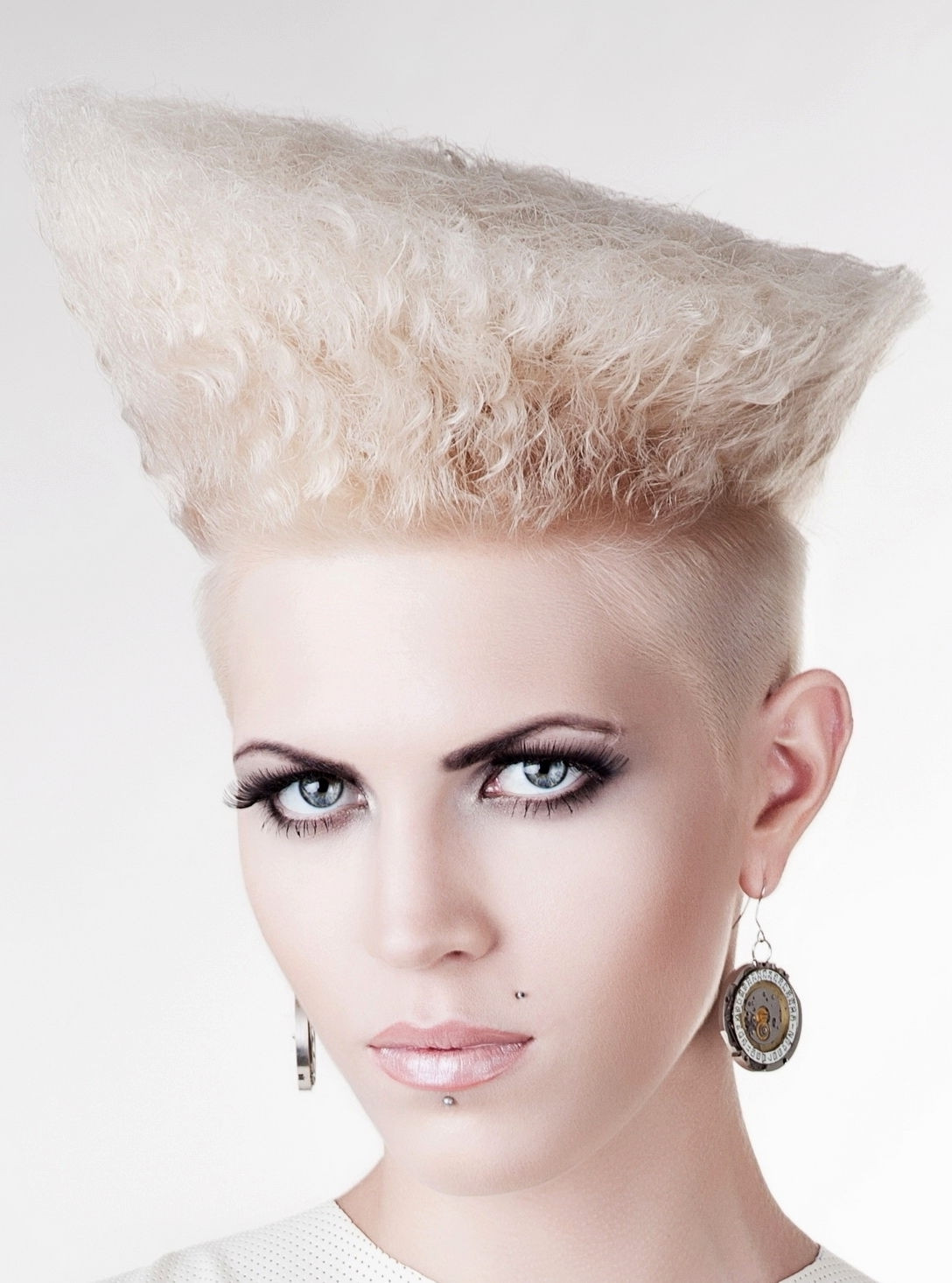 Female Undercut Hairstyles  Undercut Hairstyle Women