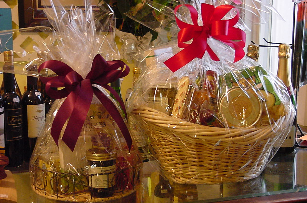 Food Gift Basket Ideas  Best Birthday and Christmas Food Gift Baskets 2014