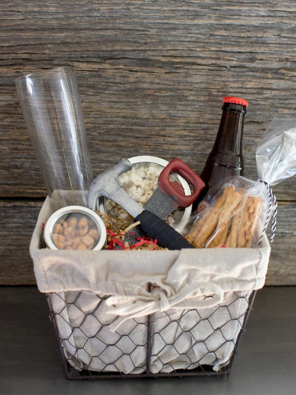Food Gift Basket Ideas  Christmas basket ideas – the perfect t for family and