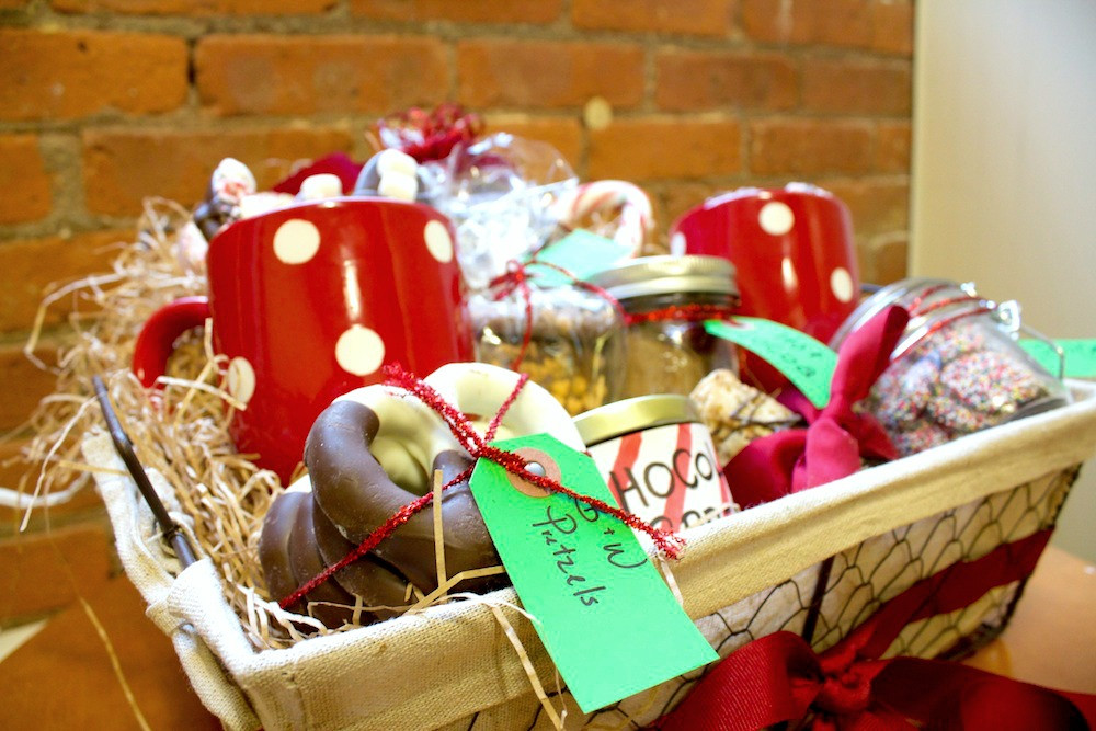 Food Gift Basket Ideas  Homemade Food Gift Basket Ideas For The Holidays Genius