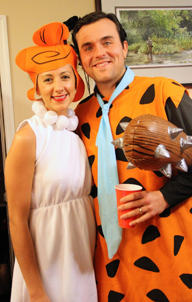 Fred And Wilma Costumes DIY  35 Easy and Creative DIY Couple Costumes I AM BORED