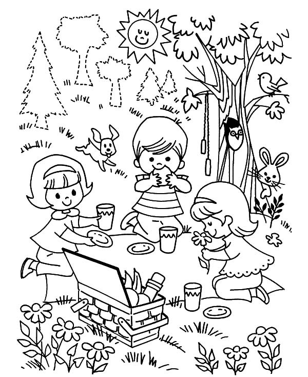 Free Coloring Pages Children Playing  Family Picnic