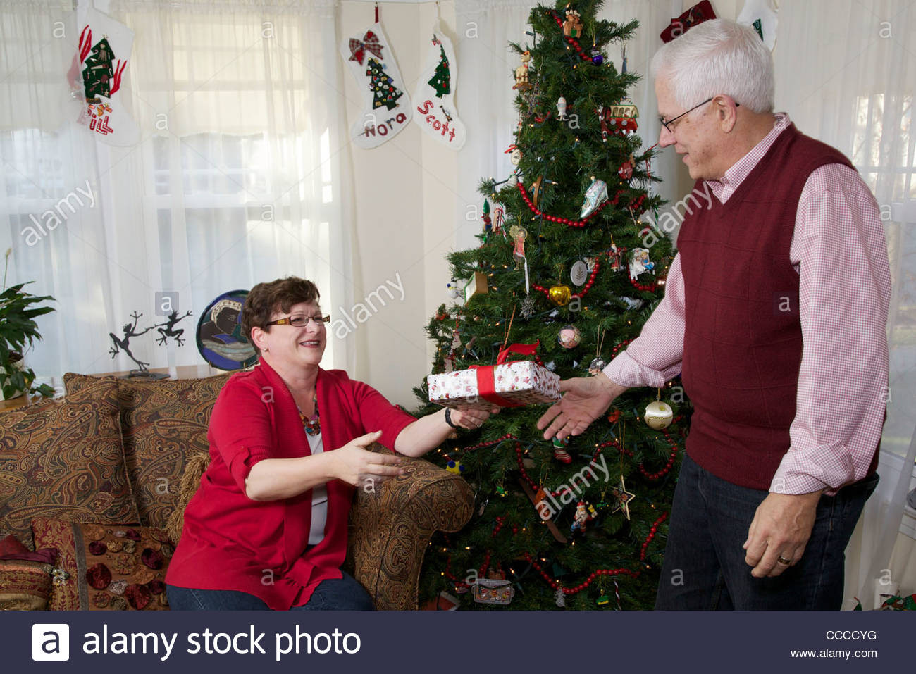 Best ideas about Gift Ideas For 65 Year Old Man . Save or Pin 65 Year Old Man Gift Ideas Gift Ftempo Now.