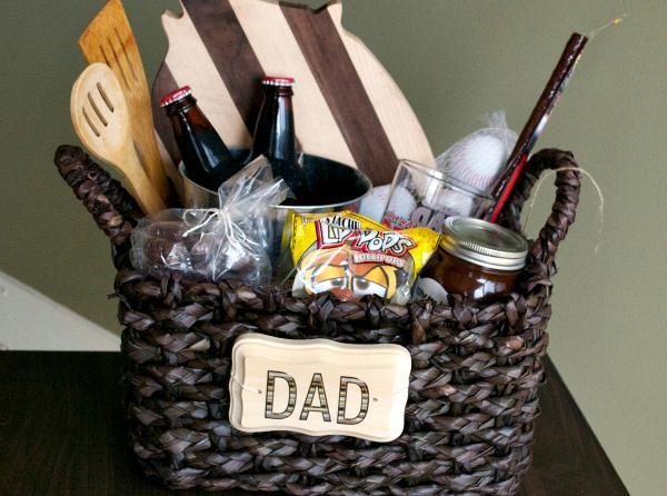 Gift Ideas For Boyfriends Family  Christmas Gift Ideas For Men Christmas Celebration All